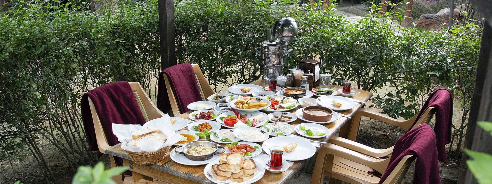 Eşsiz Kahvaltı Keyfini Bizimle Yaşayın